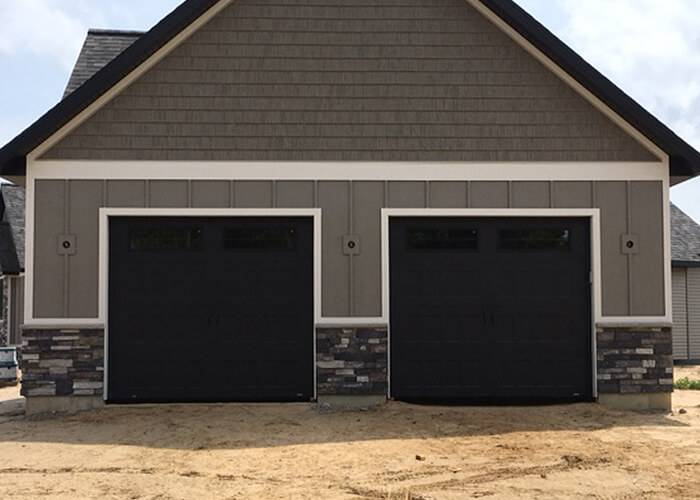 Standard+ Shaker XS, 9' x 8', Black, 8 lite Orion windows