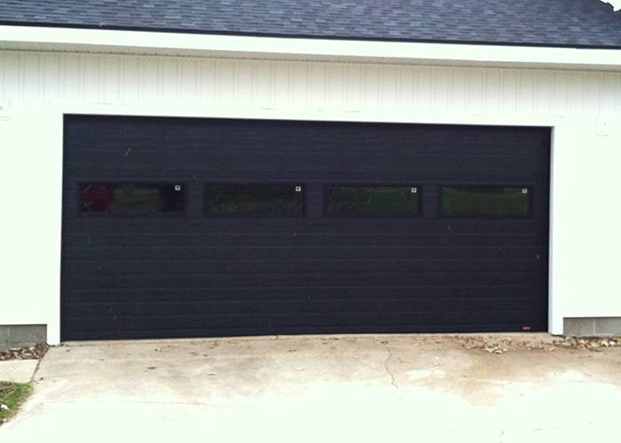 Standard+ Grooved, Black, 16' x 7', Clear windows